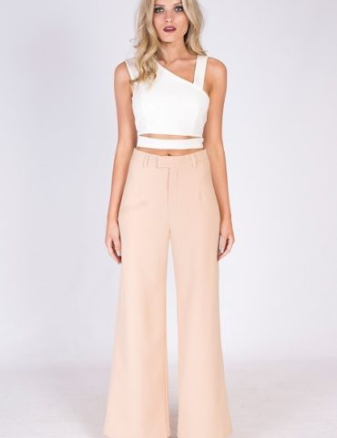 Court Cutout Crop - White 1
